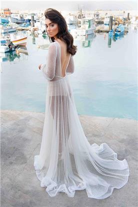 שמלת כלה עם תחרה שקופה מתנפנפת