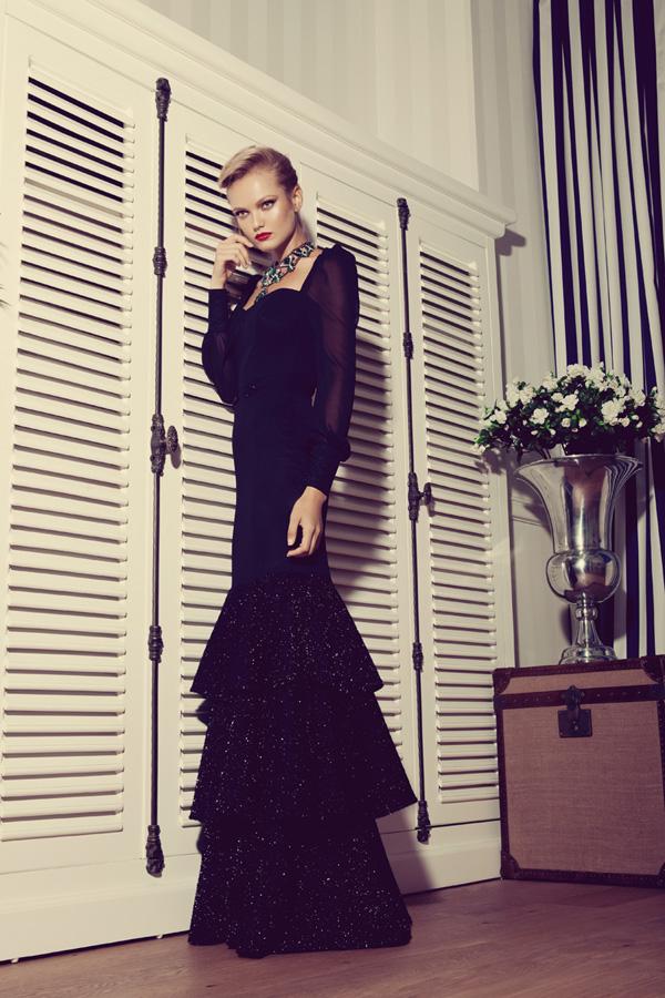 שמלת ערב שחורה קומות