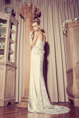 שמלת כלה סטרפלס אלגנטית