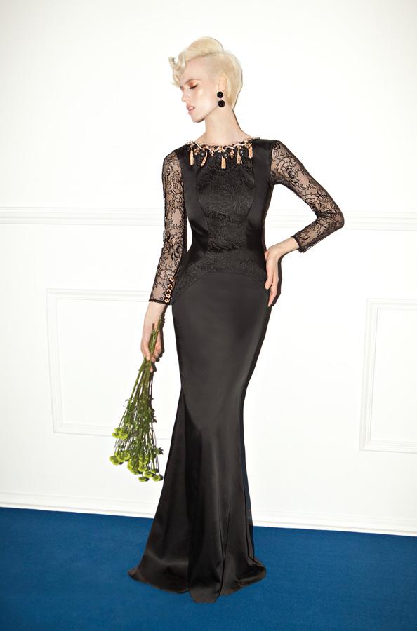 שמלת ערב שחורה שרוולי תחרה