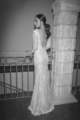 שמלת כלה גב משולש תחרה עשירה