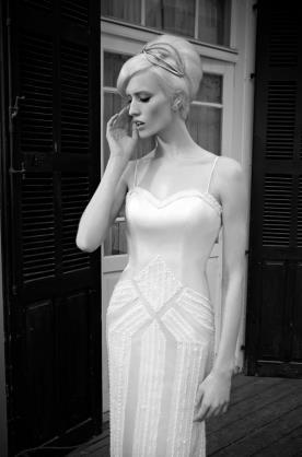 שמלת כלה קווים גאומטרים