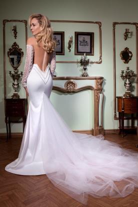 שמלת כלה גב חשוף חרוזים רקומים