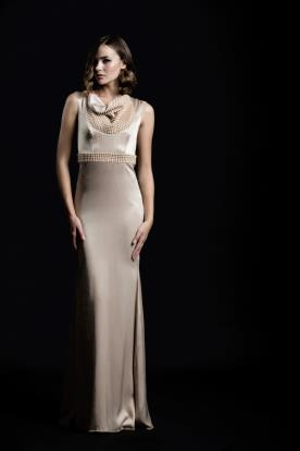 שמלת ערב חגורת חרוזים בז' סאטן