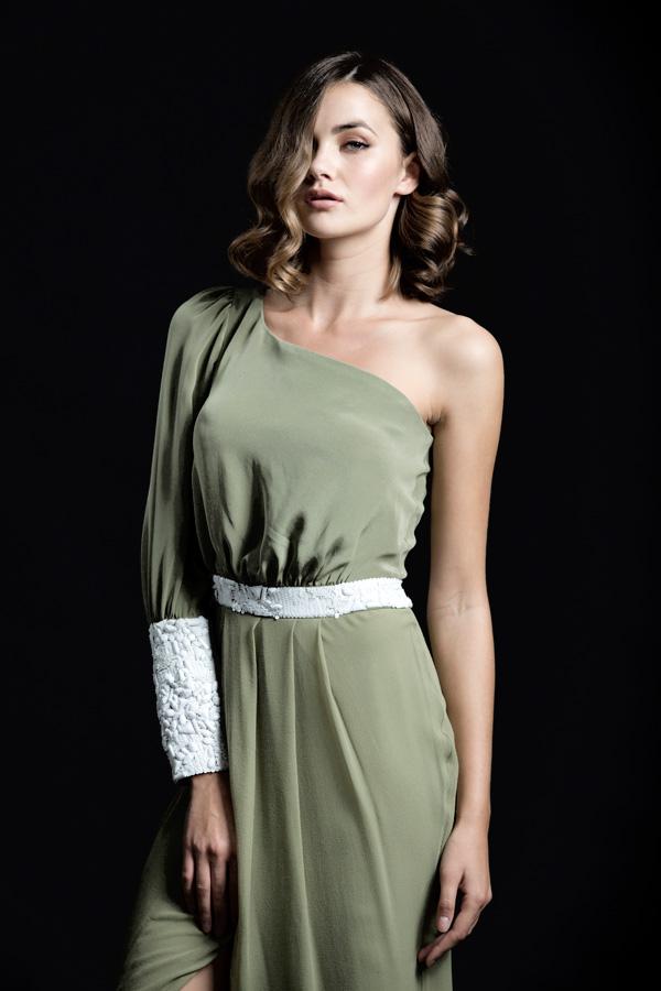 שמלת ערב שרוול אחד ירוקה