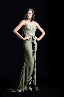 שמלת ערב ירוקה עם רקמה לבנה