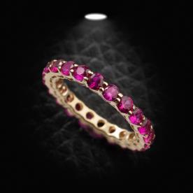 טבעת אירוסין אבנים סגולות