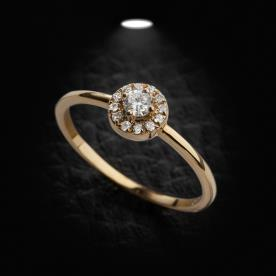 טבעת אירוסין יהלום מוקף יהלומים