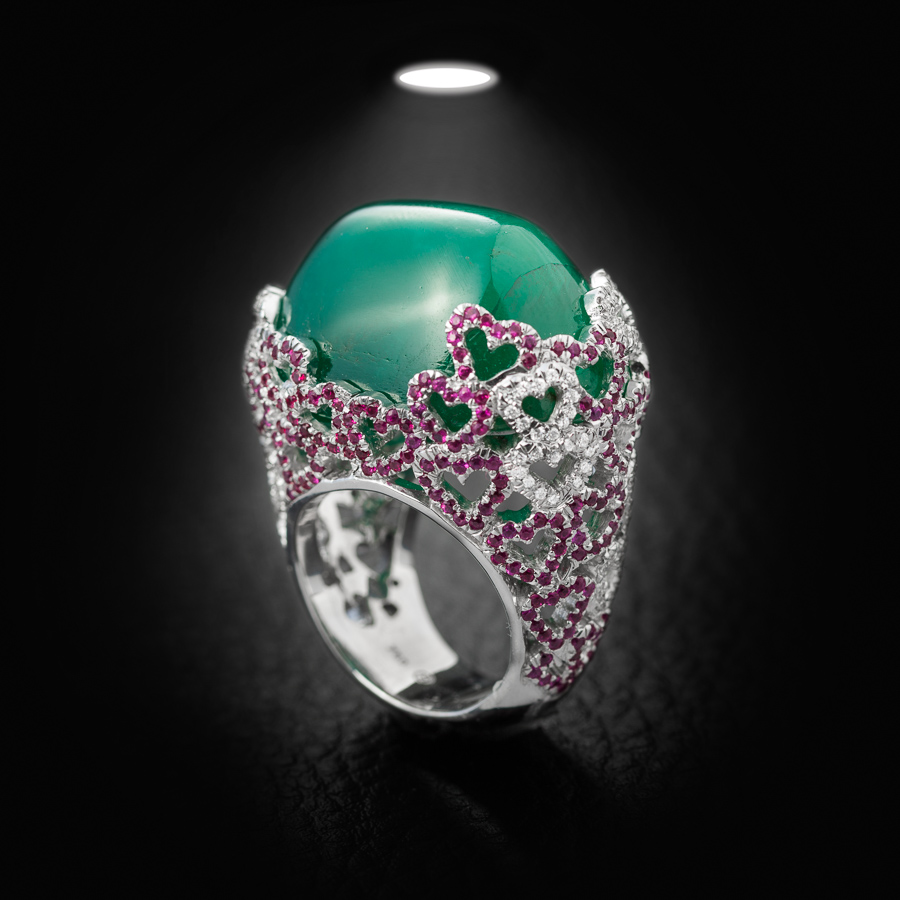 טבעת חותם אבן ירוקה