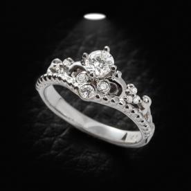 טבעת אירוסין וינטג' עם יהלומים