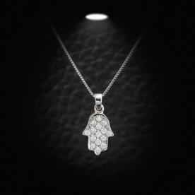 תליון חמסה משובצת יהלומים
