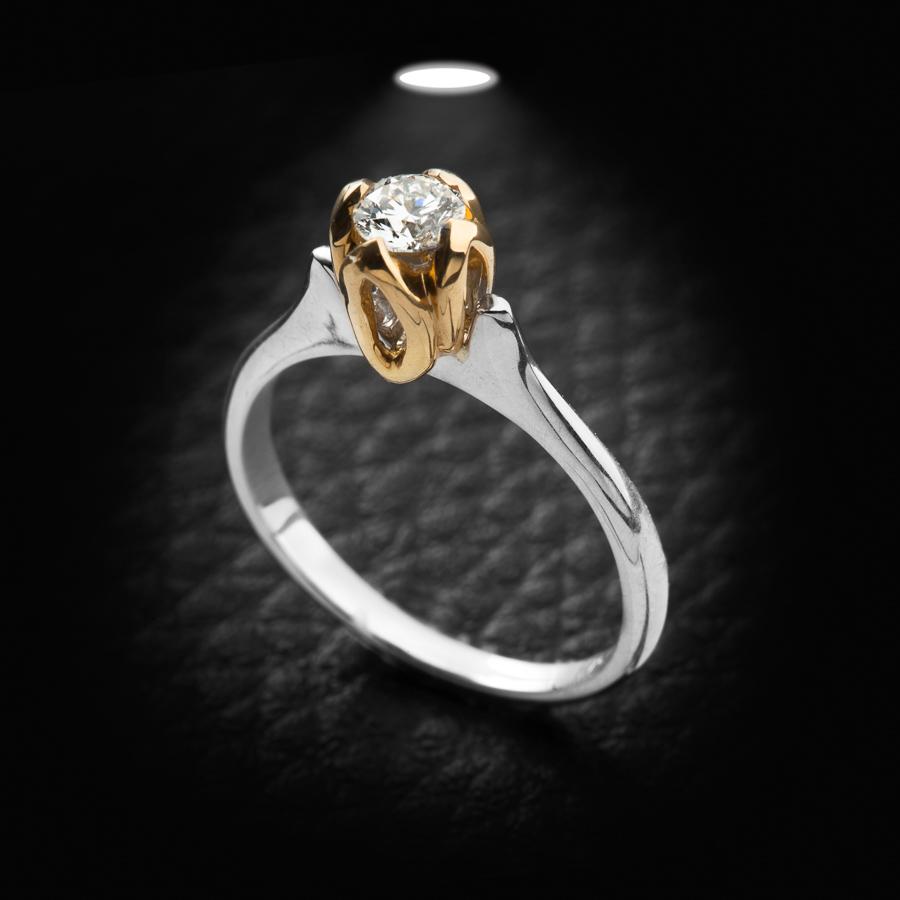 טבעת אירוסין זהב צהוב ולבן