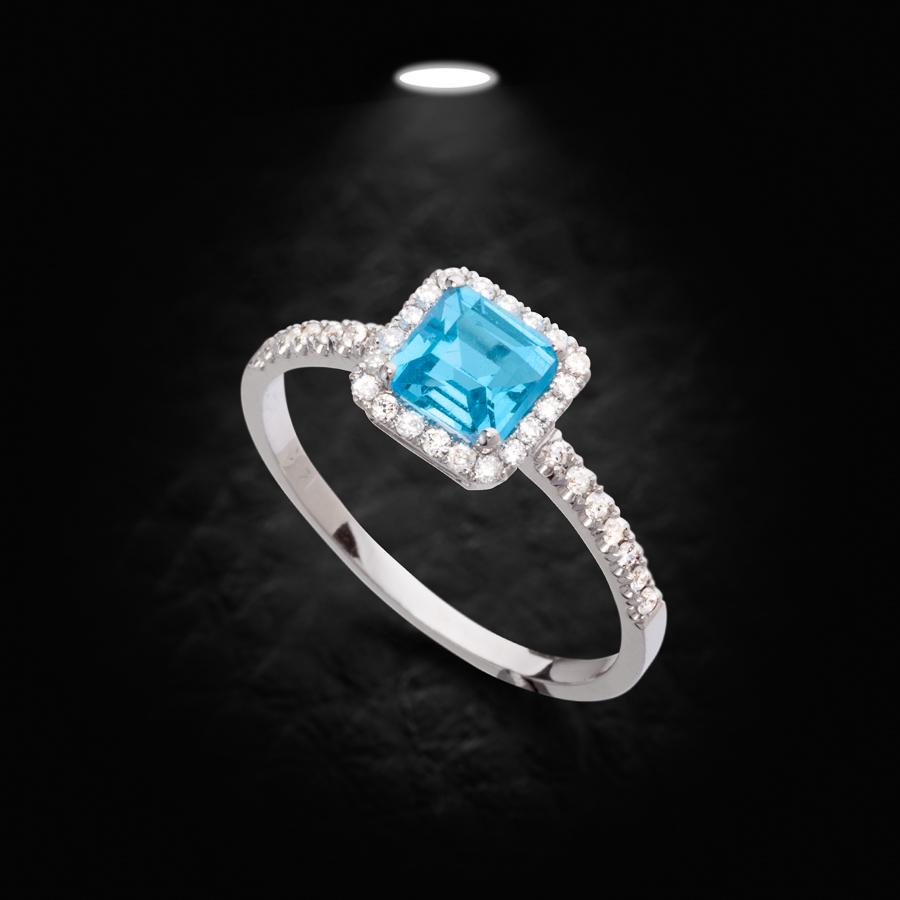 טבעת אירוסין יהלום תכלת