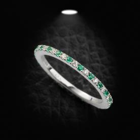 טבעת אירוסין יהלום לבן וירוק