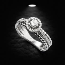 טבעת אירוסין יהלומים זהב לבן