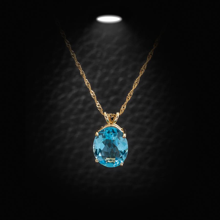 תליון יהלום כחול