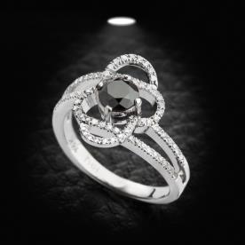טבעת אירוסין מסולסלת יהלום שחור