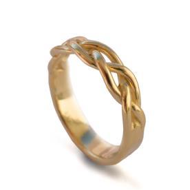 טבעת זהב קלועה עדינה