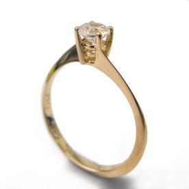 טבעת סוליטייר דקה קלאסית