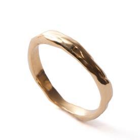 טבעת עדינה רקועה לגבר