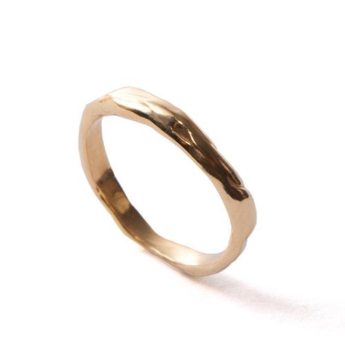 טבעת נישואין רקועה עדינה