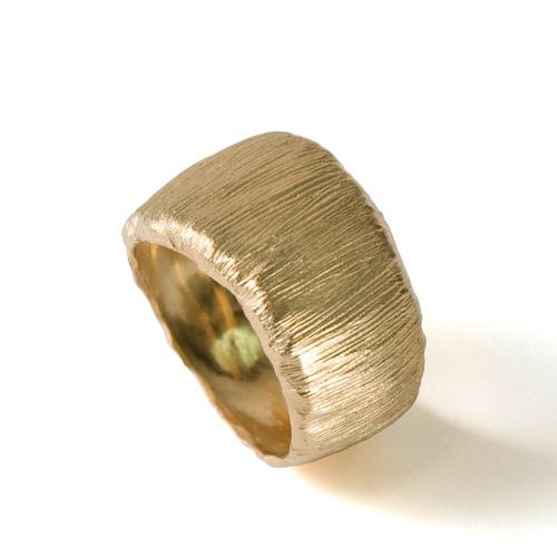 טבעת עבה זהב זהוב