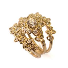 טבעת מרשימה משובצת יהלומים