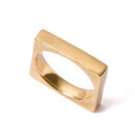 טבעת נישואין מרובעת לגבר