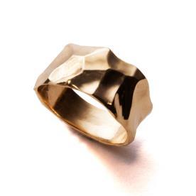 טבעת עבה רקועה לגבר