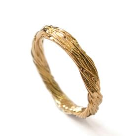 טבעת נישואין מעוטרת לגבר
