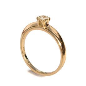טבעת אירוסין זהב מעוגלת