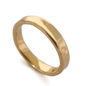 טבעת קלאסית עדינה לגבר