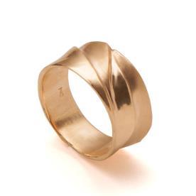 טבעת נישואין עבה לגבר