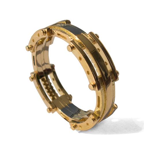 טבעת נישואין לגבר בעיצוב חדשני