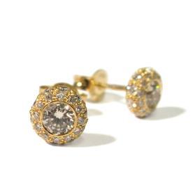 עגילים צמודים מעוטרים יהלומים