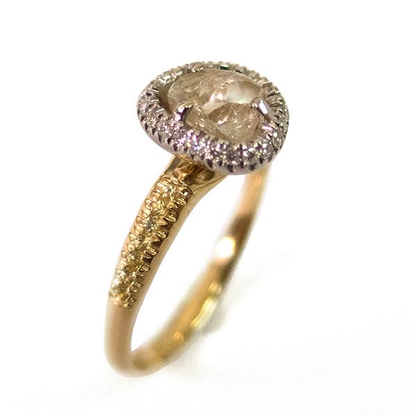 טבעת משולבת משובצת קוורץ