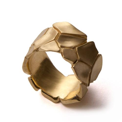 טבעת נישואין ייחודית לגבר