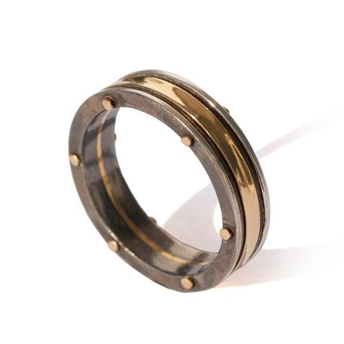 טבעת לחתן בעיצוב מודרני