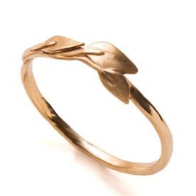 טבעת אירוסין עלים עדינים