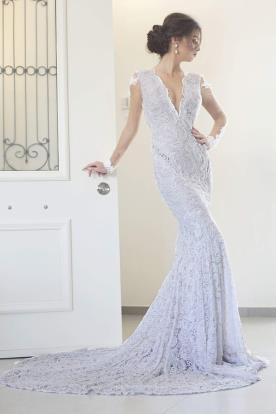 שמלת כלה שובל תחרה