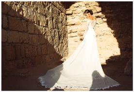 שמלת כלה רומנטית חשופת כתפיים