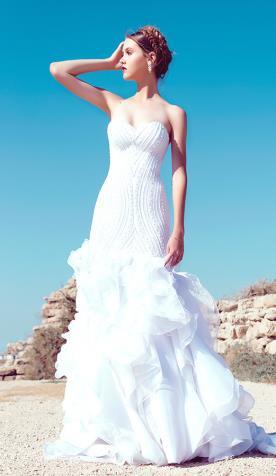 שמלת כלה בת ים עם שובל מדורג