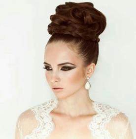 איפור ושיער בעיצוב מתוחכם