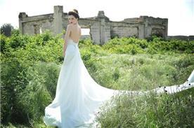 שמלת כלה של רחלי T&R
