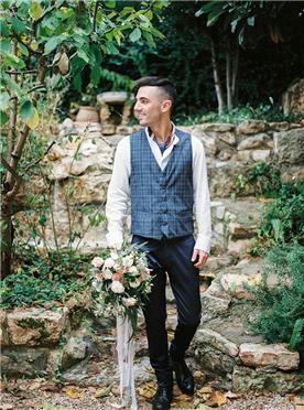 חליפת חתן: חולצה, וסט, חליפת שלושה חלקים, מכנסיים, חליפה בדוגמה משובצת, חליפה בדוגמה חלקה, חליפה בצבע לבן, חליפה בצבע שחור, חליפה בצבע אפור - IZAK MEN'S WEAR-איזק חליפות חתן