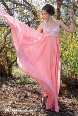 שמלת ערב ורודה עם חרוזים כסופים