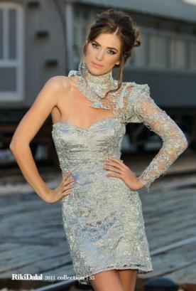 שמלת ערב מיני תכלת שרוול אחד ארוך