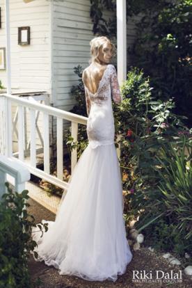 שמלת כלה גב פתוח תחרה עדינה