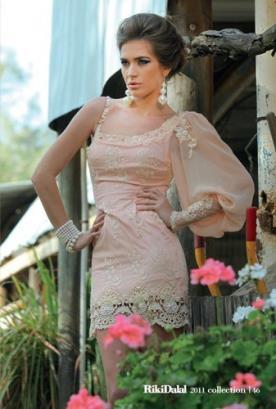 שמלת ערב מיני שרוולים מיוחדים