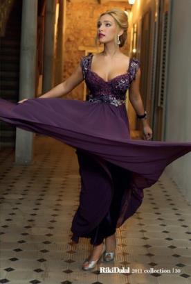 שמלת ערב סגולה עם חרוזים